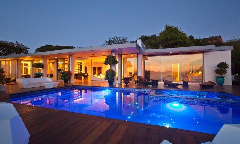 Say đắm mẫu biệt thự hiện đại có bể bơi tuyệt đẹp